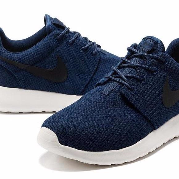 Nike Mens Rotes Size 10!!